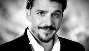 Мехмет Гюнсюр: биография, фильмография